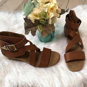 Aerosoles Yetliner 8.5 leather sandals